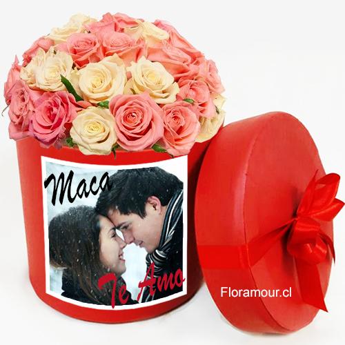 Caja redonda de rosas con imagen fotográfica personalizada